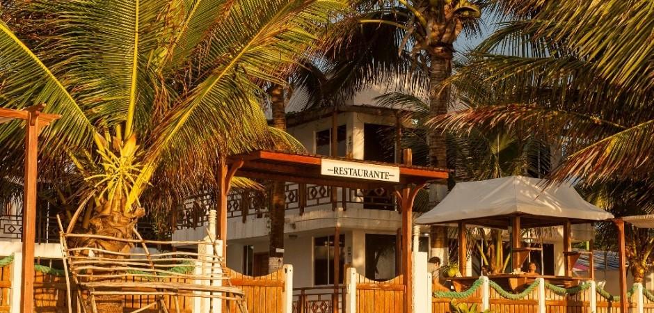 Fachada del Hotel Fuente hotelsanluisvillage com